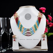 Crystal necklaces from online jewellery store Taj Pearl(Shipping free)